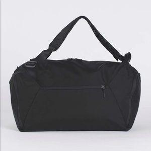 lululemon athletica Bags - Lululemon Para Duffel